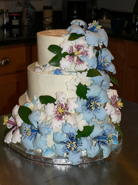 Beach Wedding Cake Hibiscus