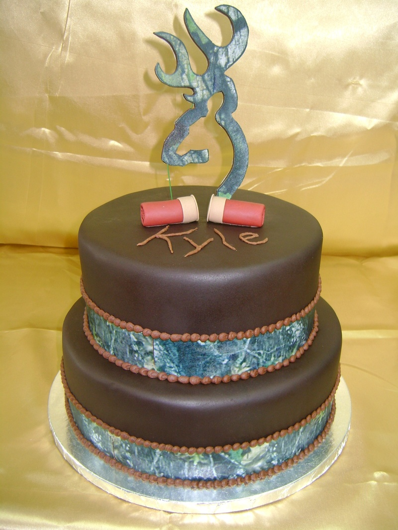 Camo with Browning Symbol Birthday Cakes