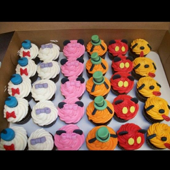 Disney Mickey Mouse Cupcakes