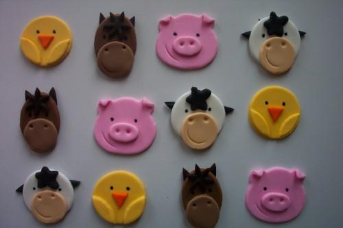 Farm Animal Fondant Cupcakes