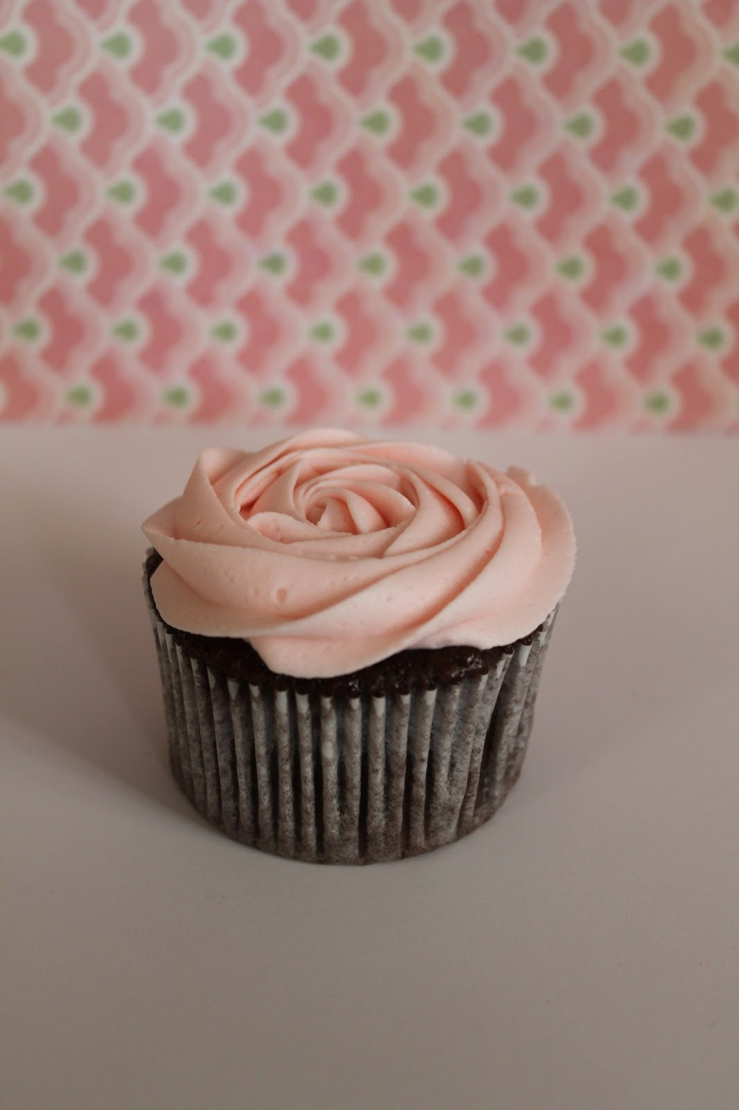 Light Pink Wedding Cupcakes