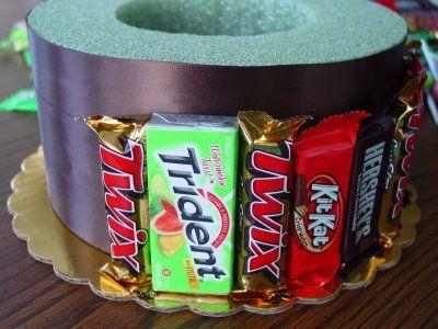 Make a Candy Bar Cake