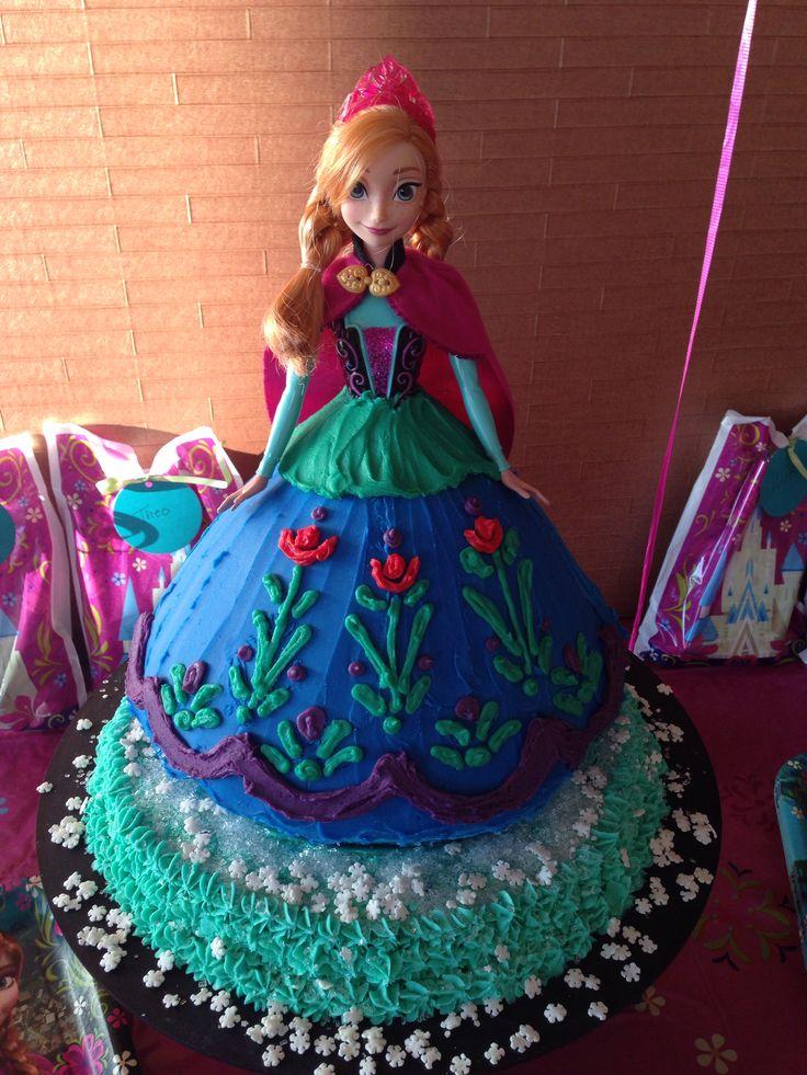 Princess Ana Frozen Cake