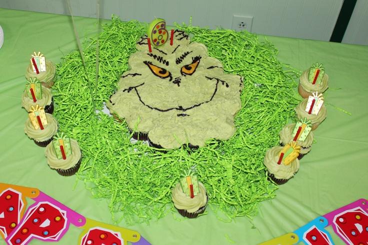 Pull Apart Cupcake Cake
