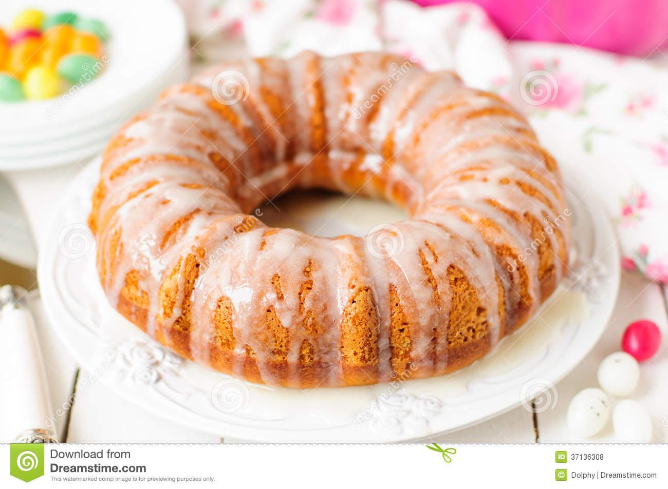 Pumpkin Bundt Cake with Icing