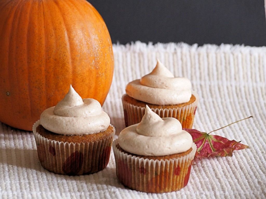Pumpkin Cinnamon Cupcakes with Cream Cheese Frosting
