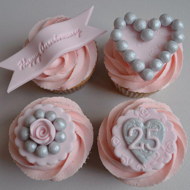 Silver Wedding Anniversary Cupcakes