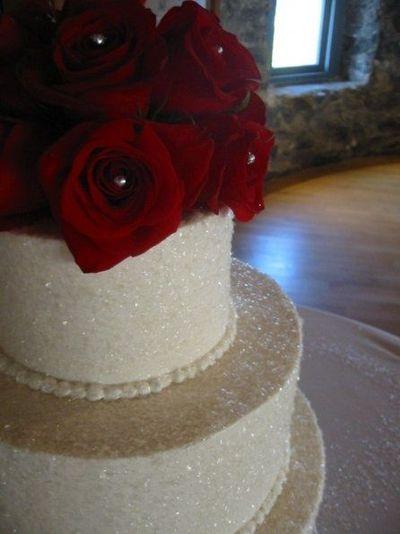 Simple Wedding Cake Glitter