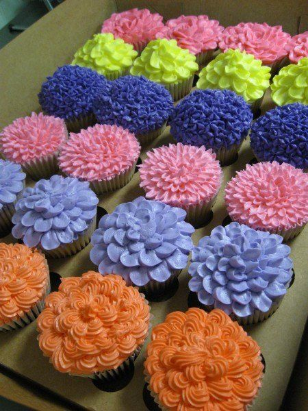 Spring Flower Cupcake Decorating Ideas