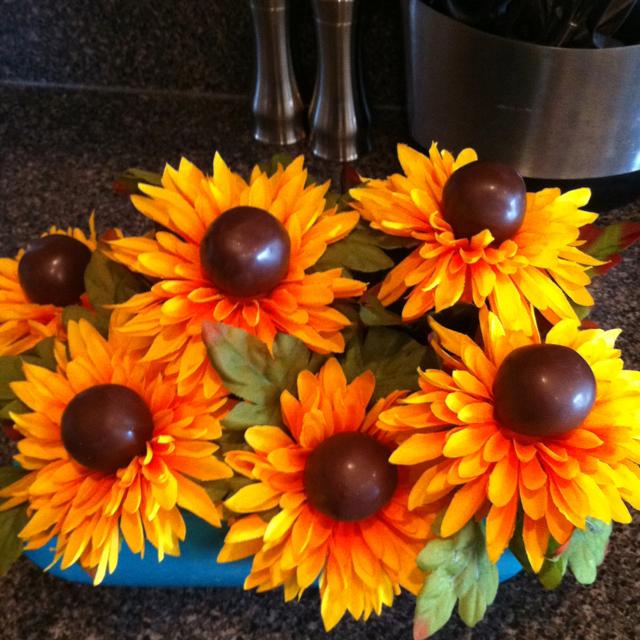 Sunflower Cake Pops