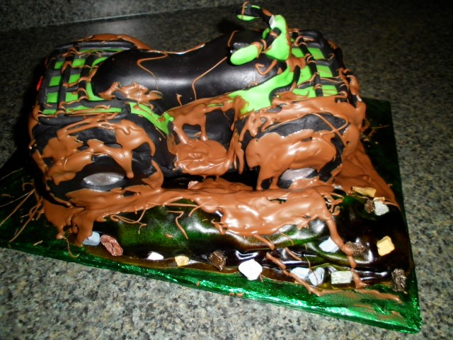 4 Wheeler Grooms Cake
