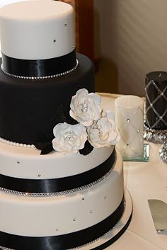 Black and White Wedding Cakes with Bling