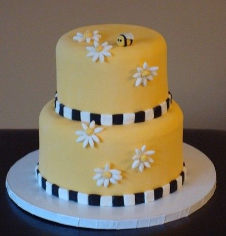Black and Yellow Fondant Cake