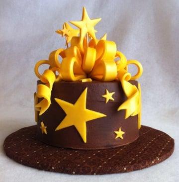 Chocolate Cake with Fondant Decoration