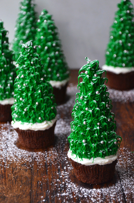 9 Photos of Christmas Trees Frosting Cupcakes