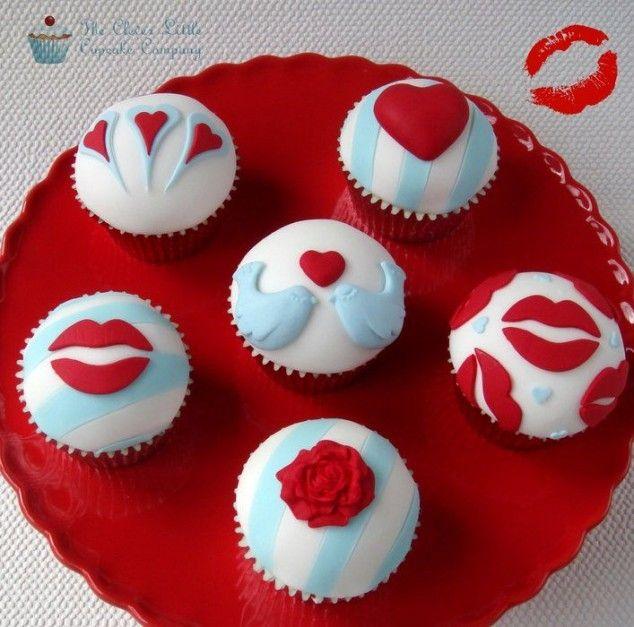 Creative Valentine's Day Cupcakes