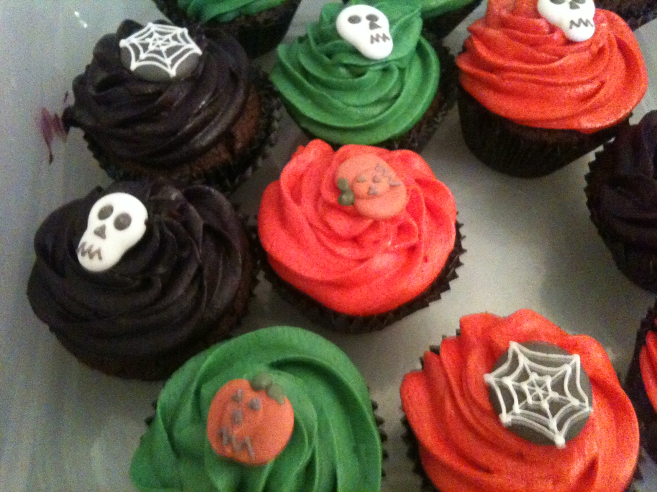 Dark Chocolate Cupcakes Halloween