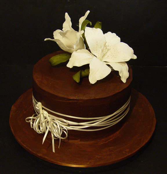 Decorating with Chocolate Ganache Cake