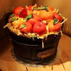 Fall Wedding Cake Idea- Autumn Baskets