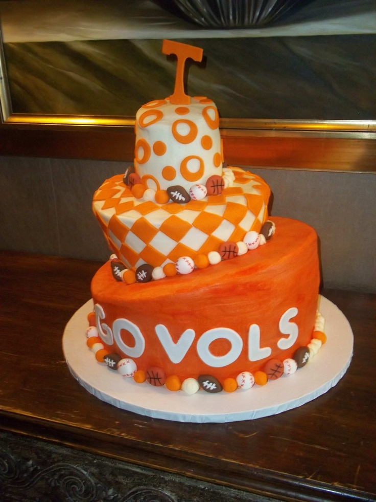Tennessee Vols Cake