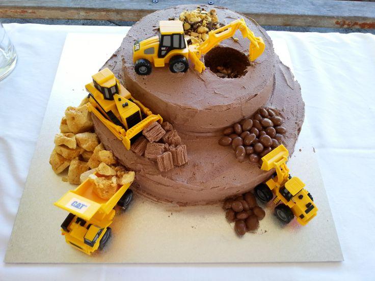 Astonishing 11 Construction Scene Cakes Photo Construction Site Cake Funny Birthday Cards Online Alyptdamsfinfo