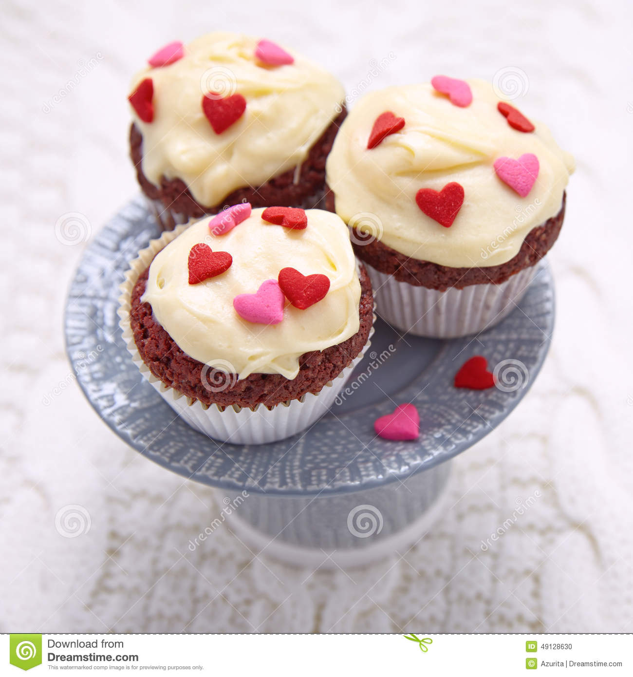 Cupcakes Decorated with Hearts