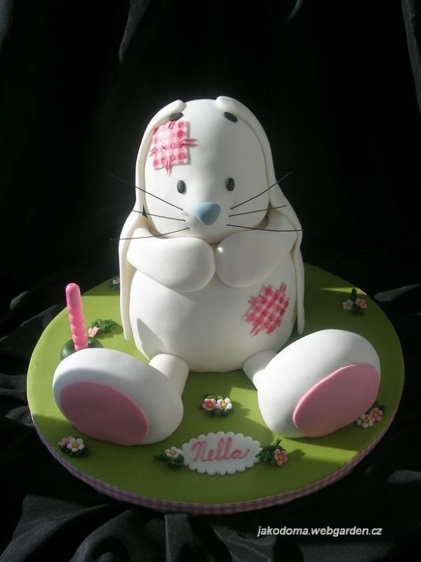 Cute Easter Bunny Rabbit Cake