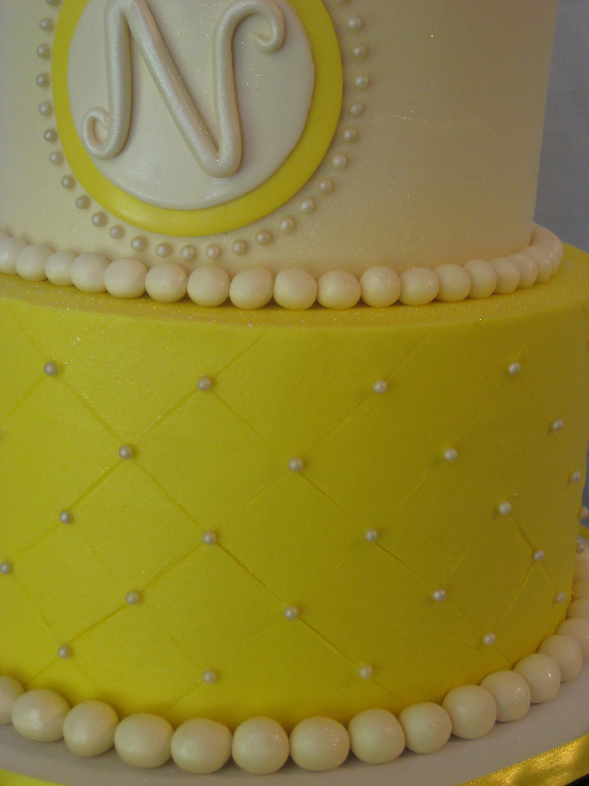 Diamond Pattern On Buttercream Cake