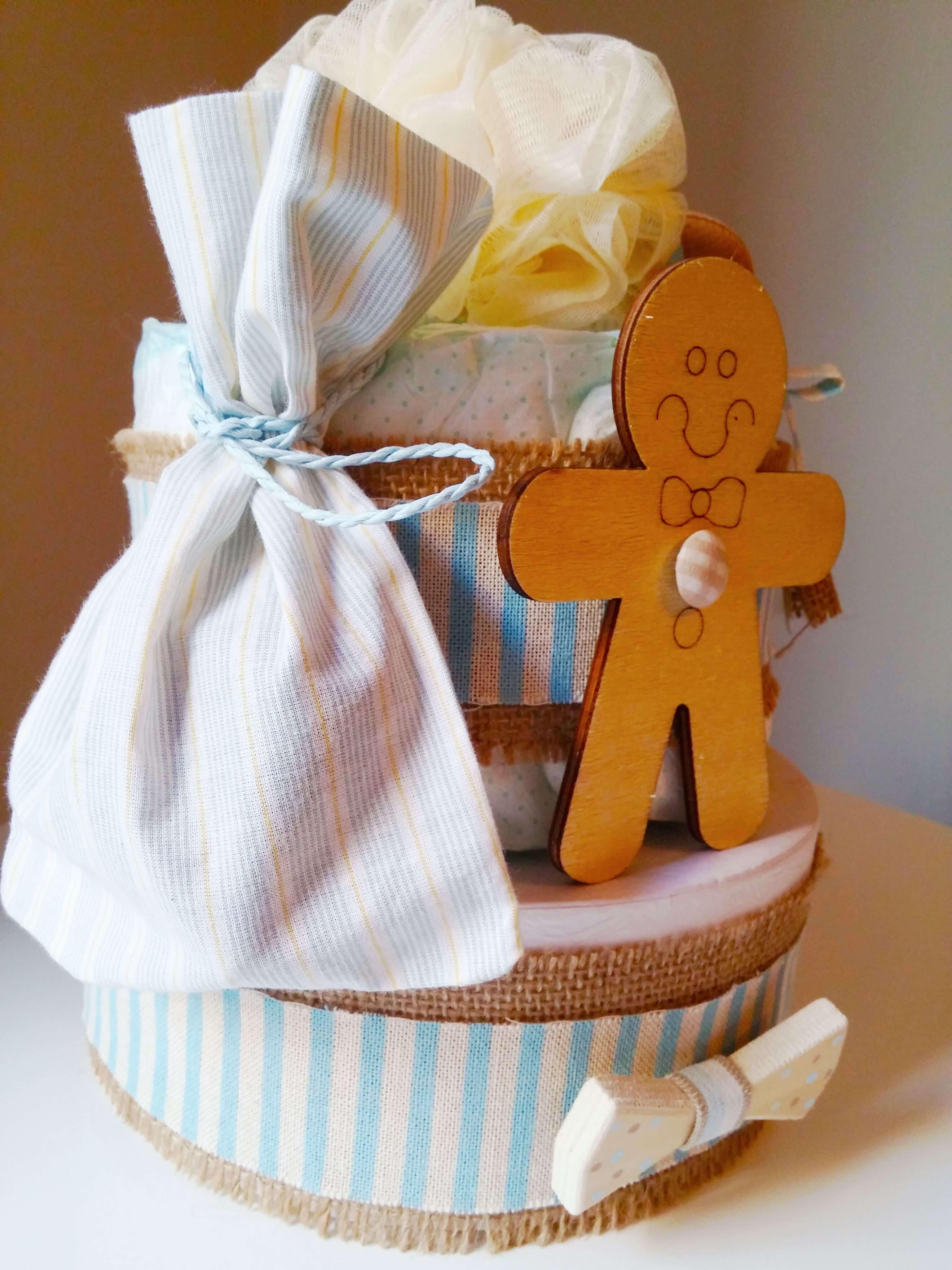 DIY Mini Diaper Cakes