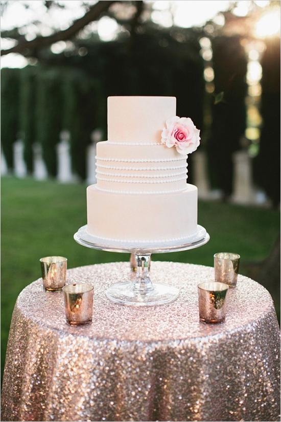 Gold Wedding Cake Table Linen