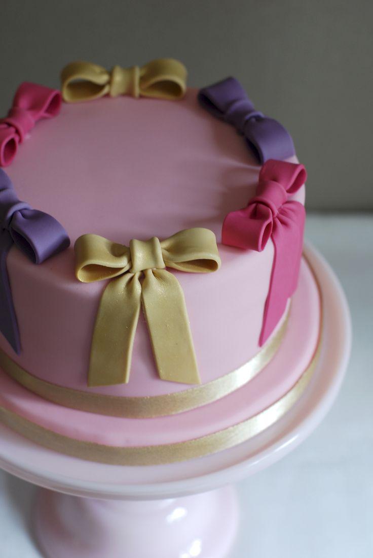 Happy Birthday Laura Cake