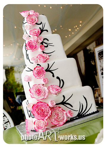 Hot Pink and White Wedding Cake