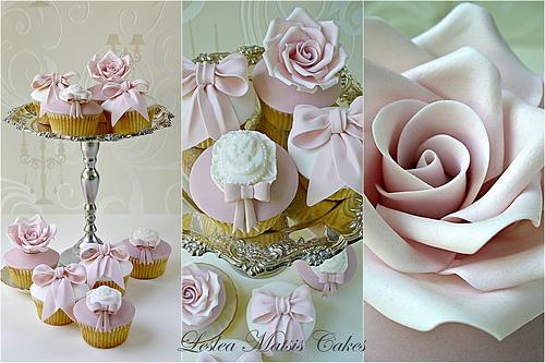 Roses and Bows Cupcakes