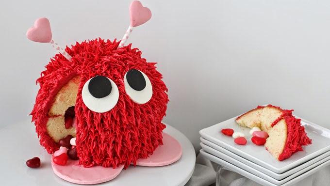 Valentine's Day Cake Pinata