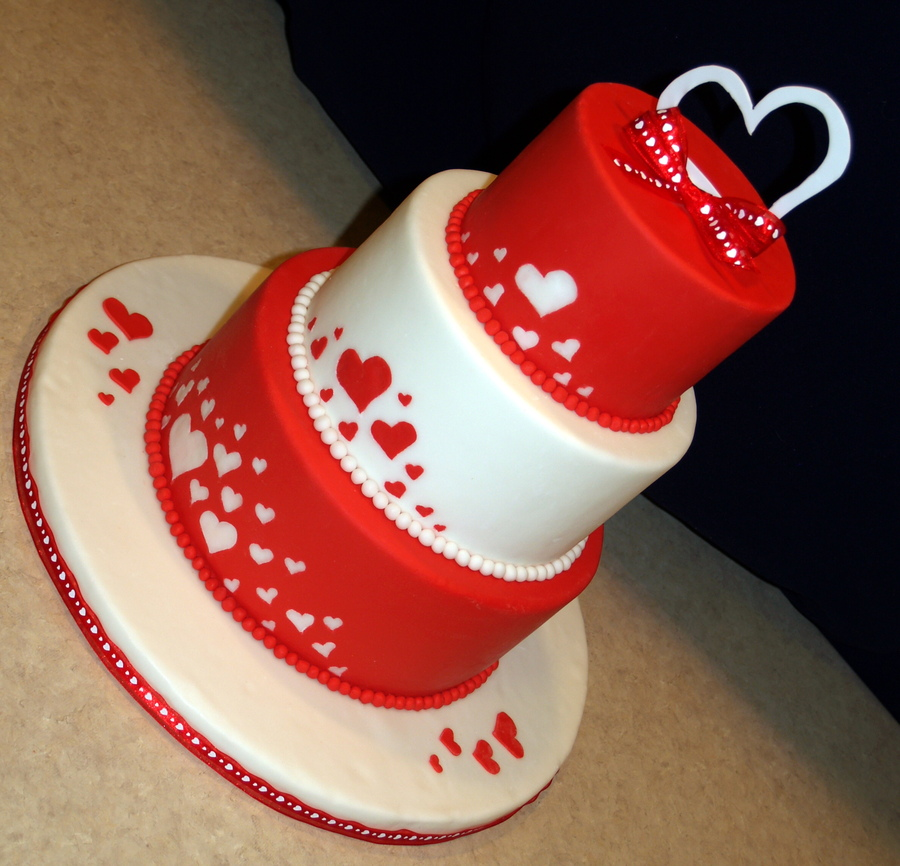 Valentine's Day Fondant Cake