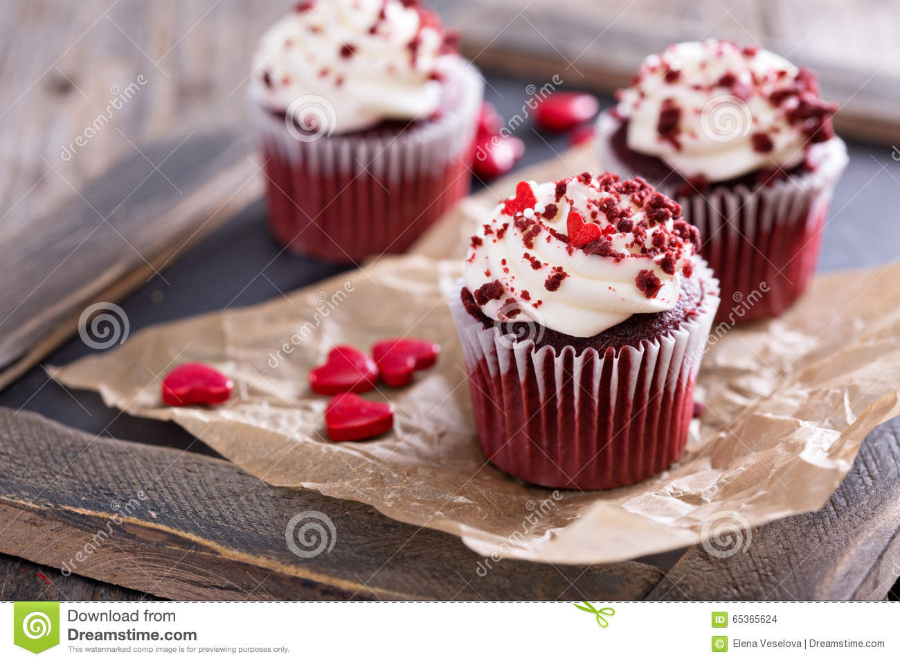 Valentine's Day Red Velvet Cupcakes
