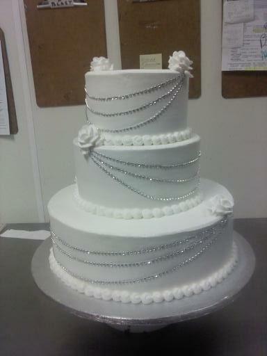 Wedding Cake with Ice Cream