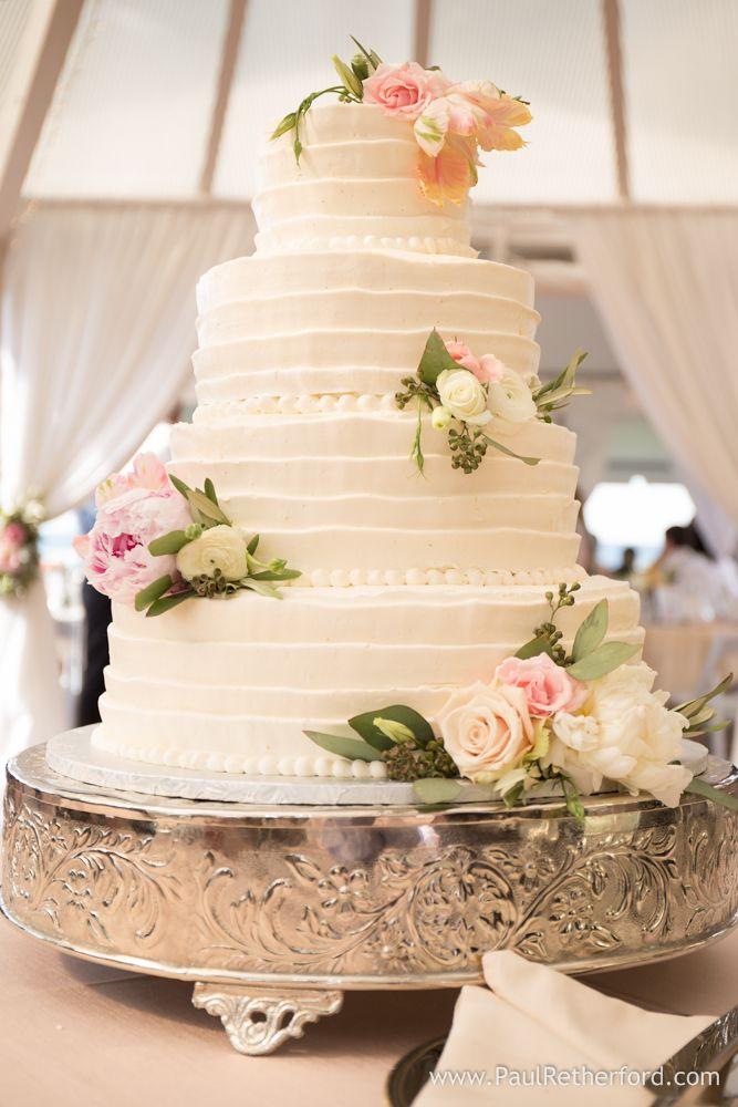 Wedding Cakes Charlevoix MI