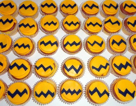 Charlie Brown Cupcake Toppers Edible