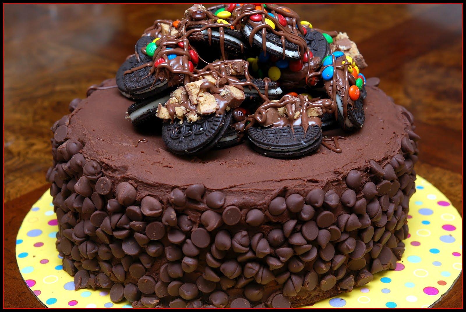 Chocolate Layer Cake with Oreos