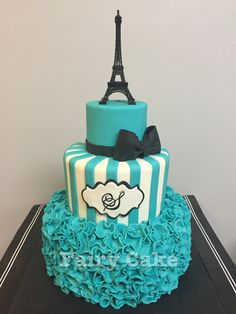 Eiffel Tower Themed Birthday Cakes