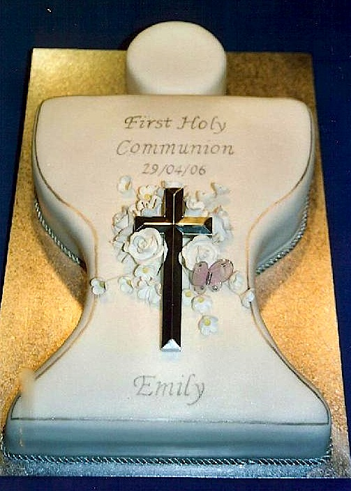 First Holy Communion Chalice Cakes