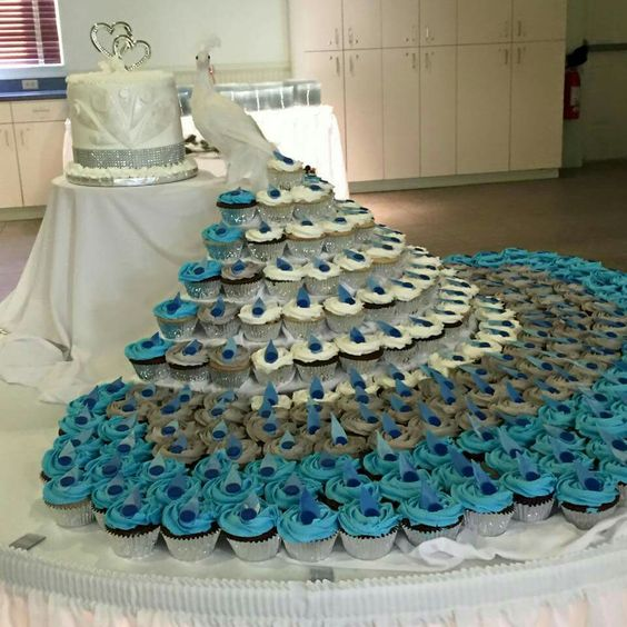 12 Photos of Peacock With Wedding Cupcakes