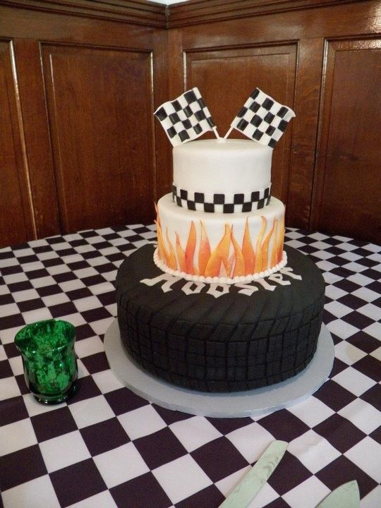 9 Photos of Classic Car With Checkered Flag Cakes