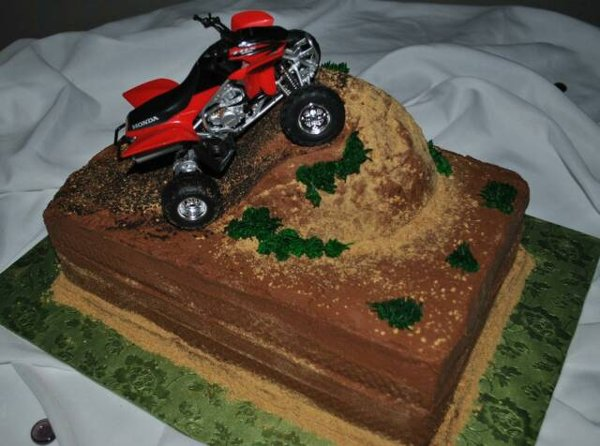 4 Wheeler Birthday Cake
