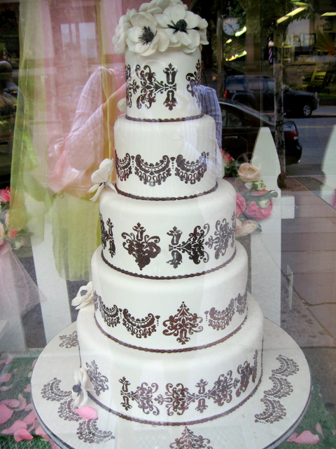 Buddy's Cake Boss Wedding Cake