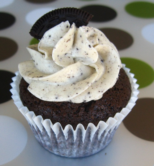 8 Photos of Cookies And Cream Filled Cupcakes