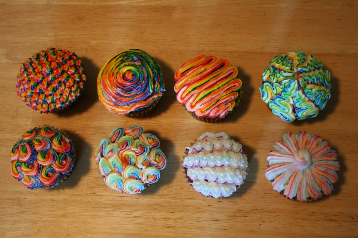 Cool and Easy Cupcake Frosting Designs