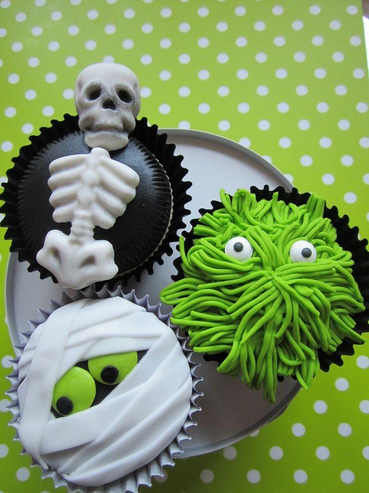 5 Photos of Green Halloween Cupcakes