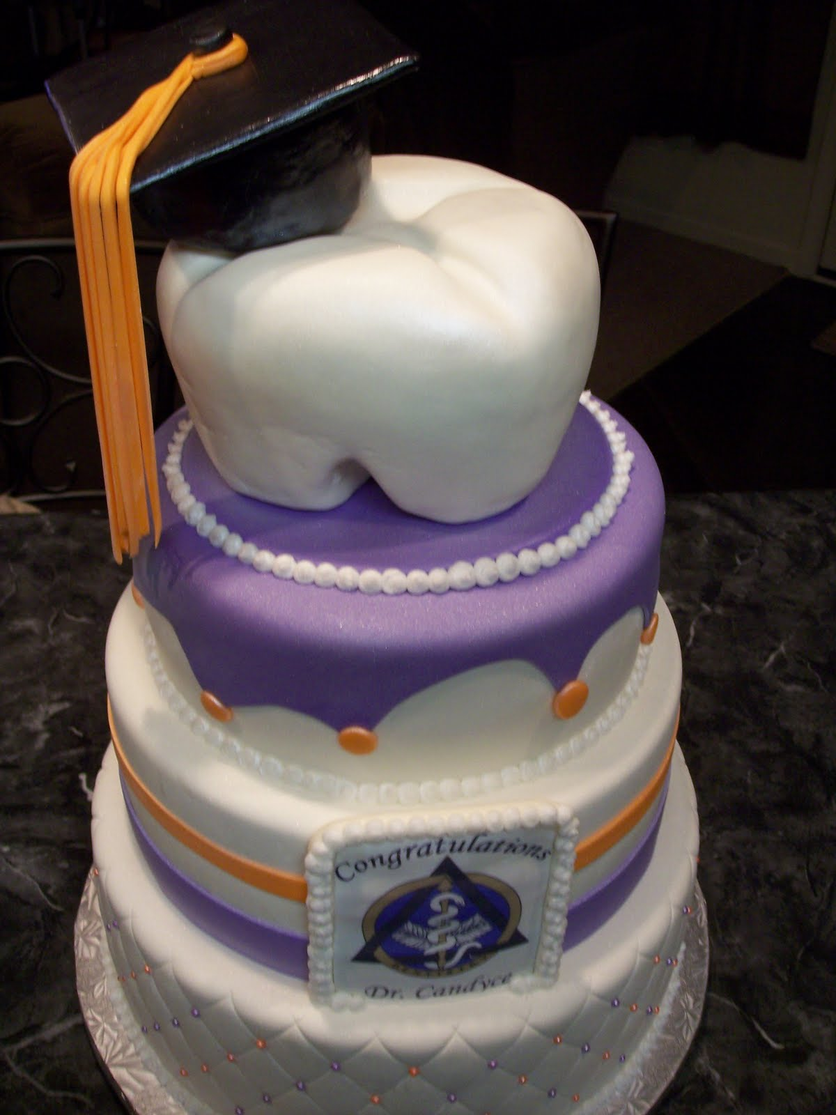 11 Photos of Dentist Graduation Cakes